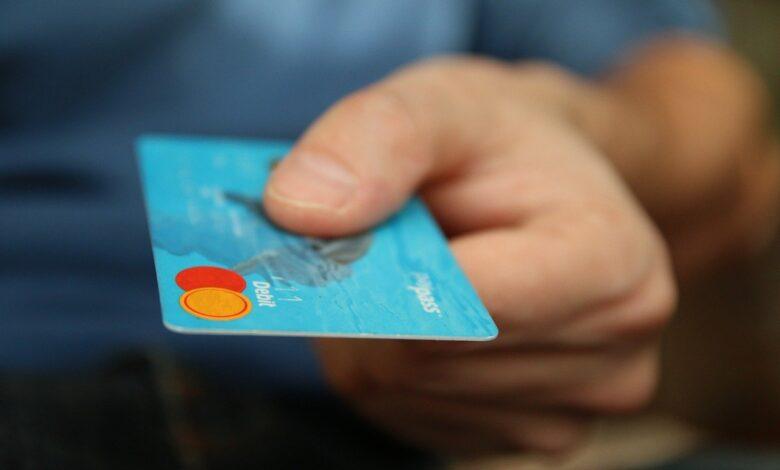 Top 7 Best Ways to Destroy Your Credit Score